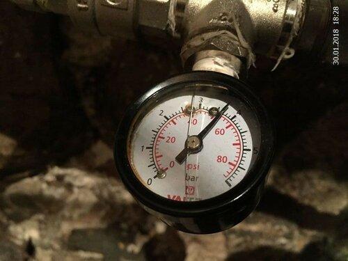 Давление воды перед гидроаккумулятором