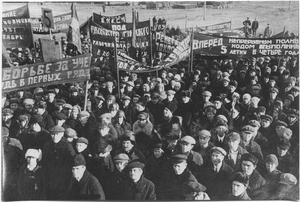 ZAVODFOTO / История промышленности России в фотографиях: Строительство ЧТЗ. часть 3