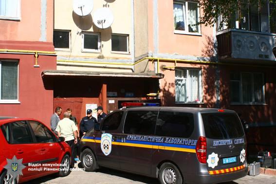 В подъезде собственного дома в Ривном застрелили 37-летнего сотрудника СИЗО. ФОТО