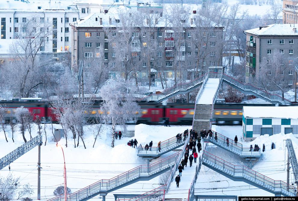 38. «Речной вокзал» — станции метрополитена и железной дороги, один из самых напряженных переса
