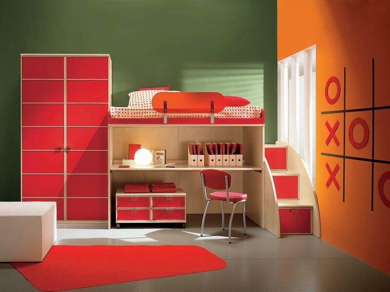 красно-зеленая спальня детская