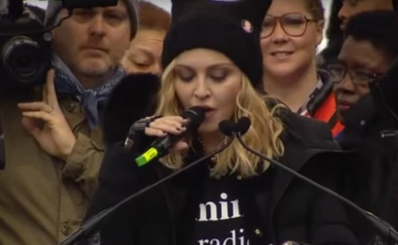 Соратник Трампа обозвал Мадонну фашистом ипризвал ееарестовать
