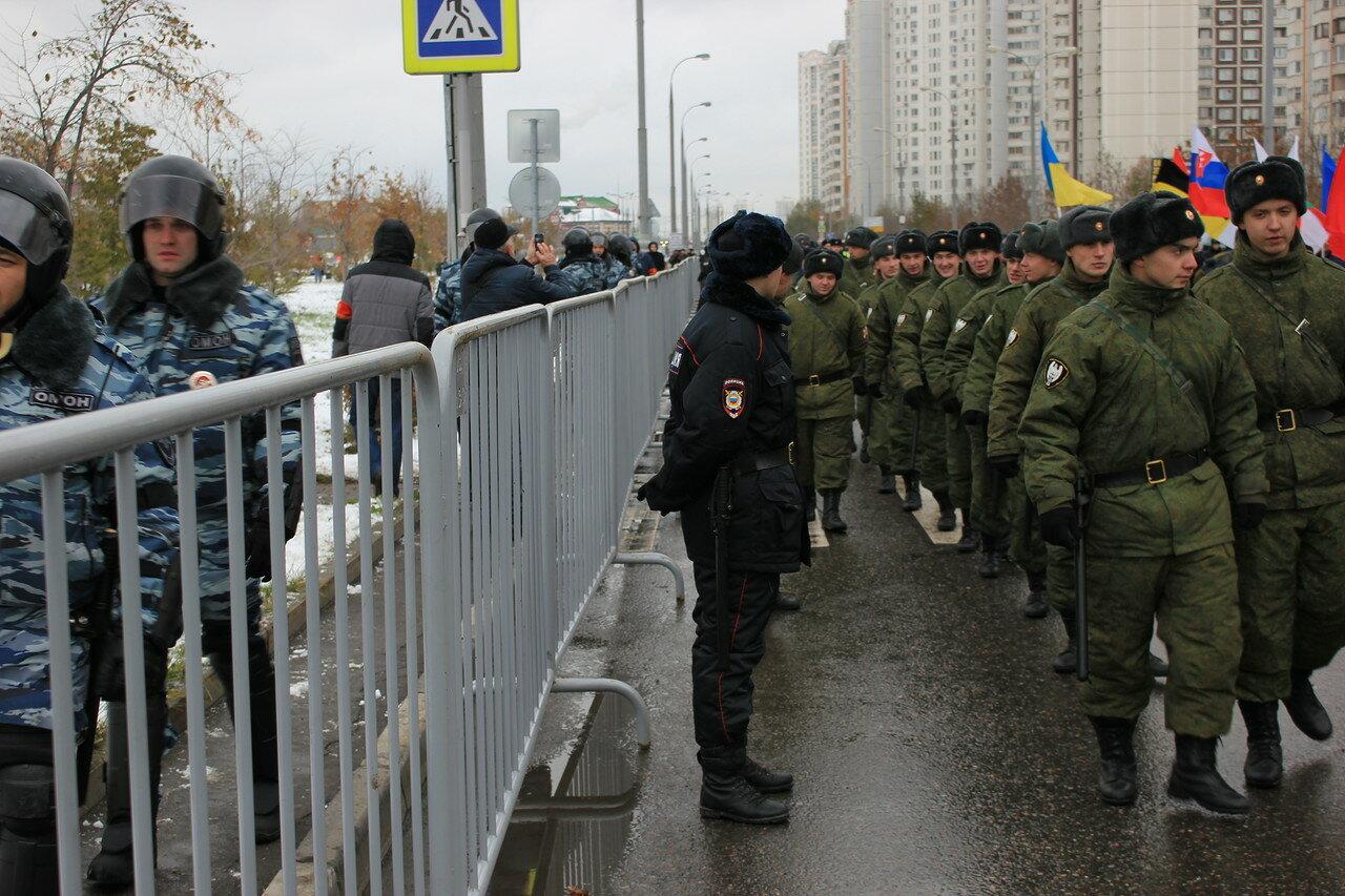 ОМОН, полиция, армия, Национальная гвардия - Кремль боится русских