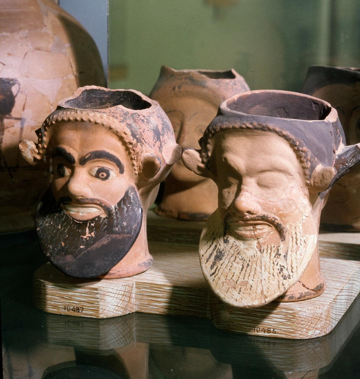 Головы из  Кабириона (святилище Кабиров) в Фивах, конец V века до н.э.