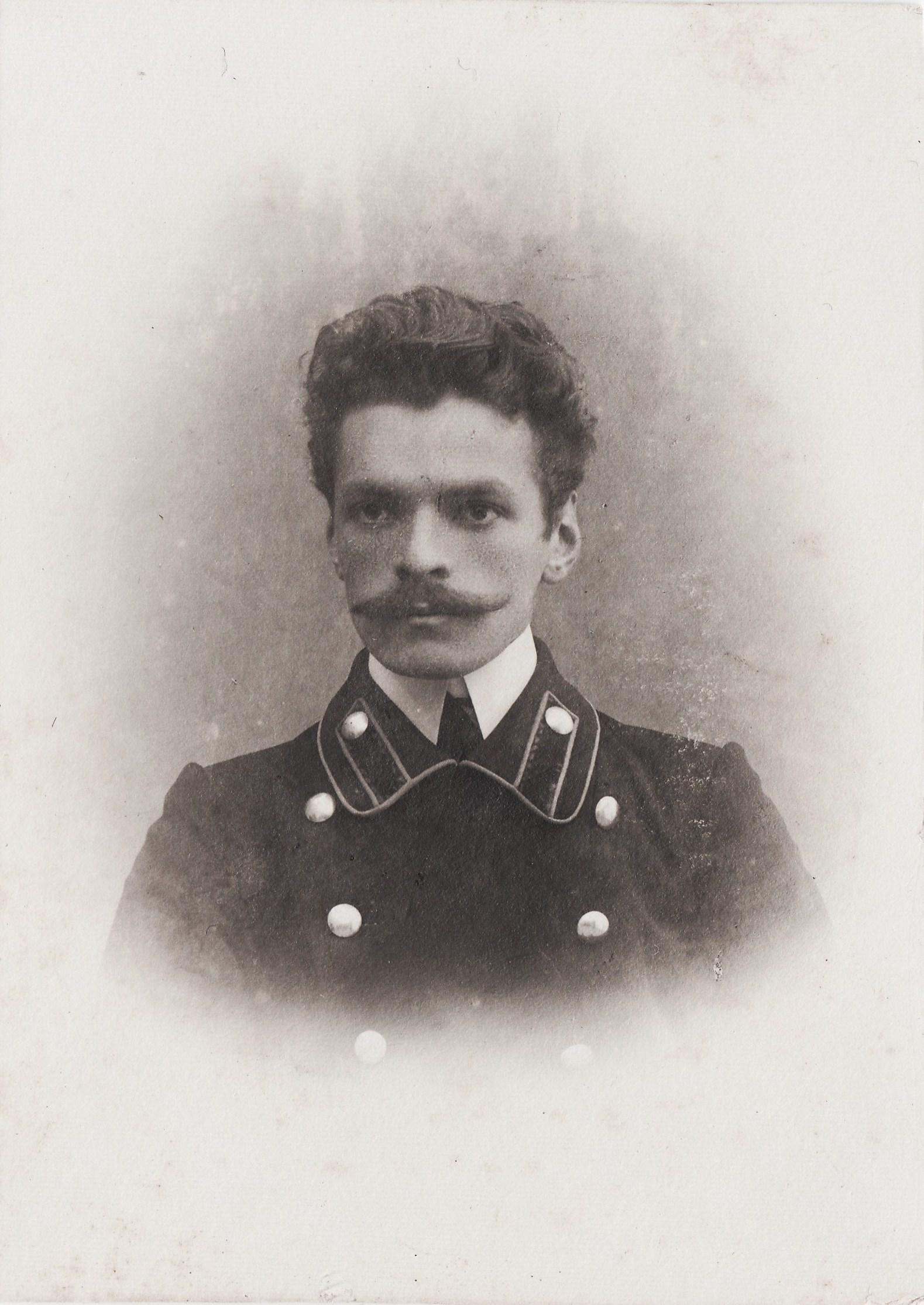 Студент Флоринский Николай Сергеевич. II отделение 2 разряд.