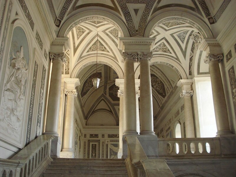 018-лестница аббатства.jpg