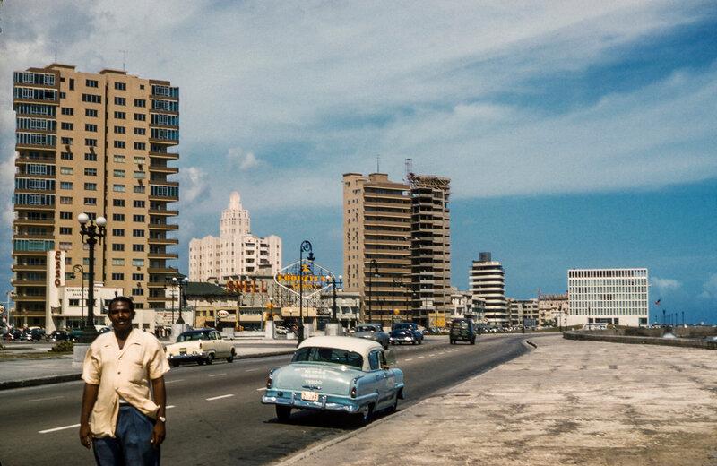 1956 Havana Malecon.jpg