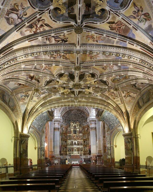 Гранада. Церковь Святого Иеронима (Iglesia de San Jerónimo). Интерьеры