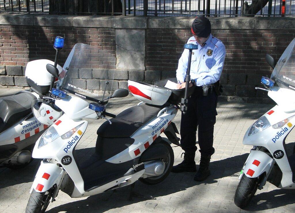 Барселона. Полиция