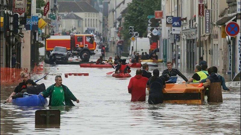 наводнениевПариже.jpg
