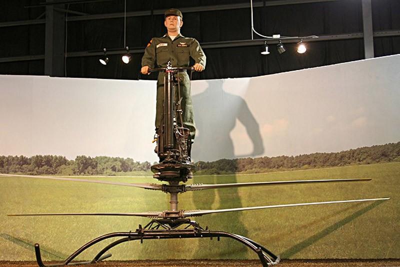 3. Испытаниями YHO-2 занимался профессиональный летчик Селмер Сандби, ставший добровольцем в этом де