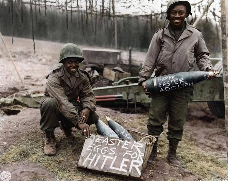 «Пасхальные яйца» от американских солдат Гитлеру, канун Пасхи, 1945 год.