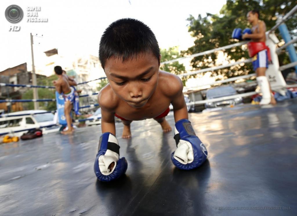 Детский бокс в Таиланде