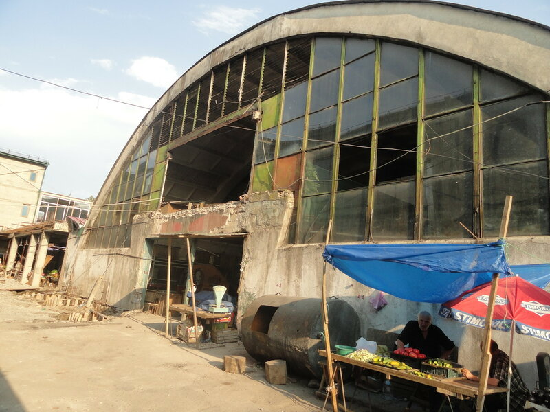 Кутаиси - центральный рынок, пригородная автостанция и троллейбусное депо