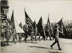 1919. Парад 14 июля. Американские солдаты.  Елисейские поля, площадь Этуаль