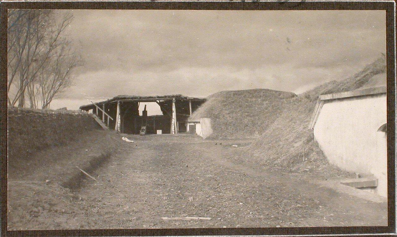 33. Вид на орудие, находящееся в укрытии (на форте № 1 группы Седласка