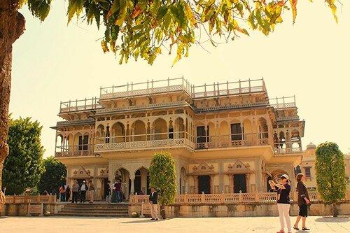 Индия. Джайпур. Дворец Мубарак Махал