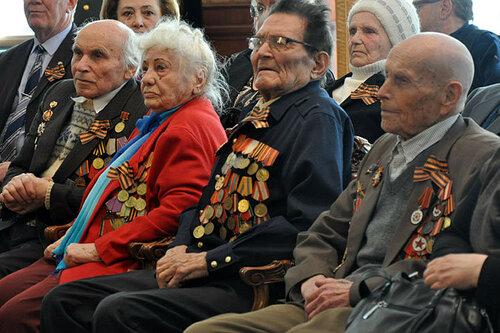 Уникальная находка: исторические снимки жизни молдавского села