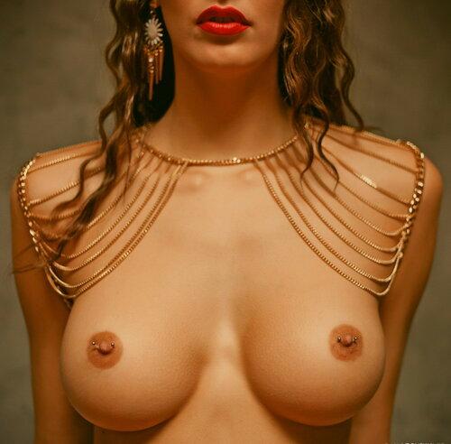 Ода женской груди... 18+