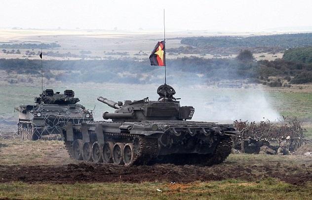 Британские солдаты научениях готовятся отражать вторжение России