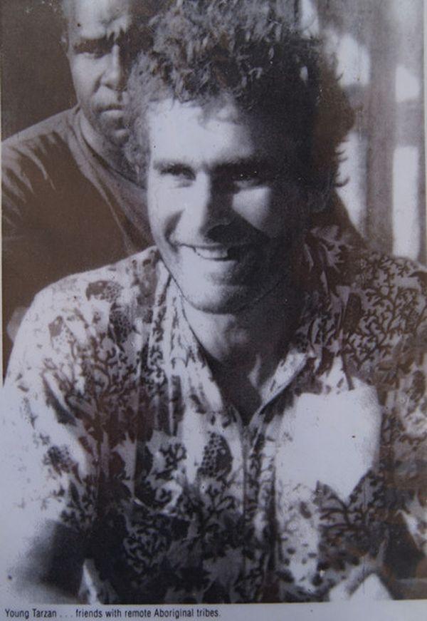 Отец всегда поддерживал любителя приключений Майкла в его жизненном выборе и отстаивал его пере