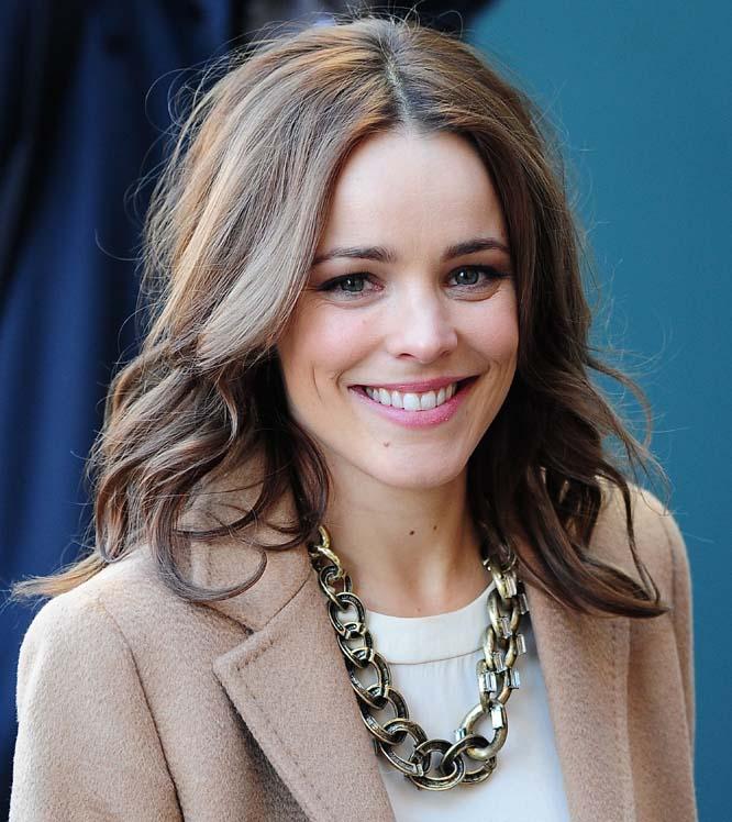 Актриса Ева Мендес. На вопрос, у какой из голливудских актрис лучшая улыбка, многие ответят – у