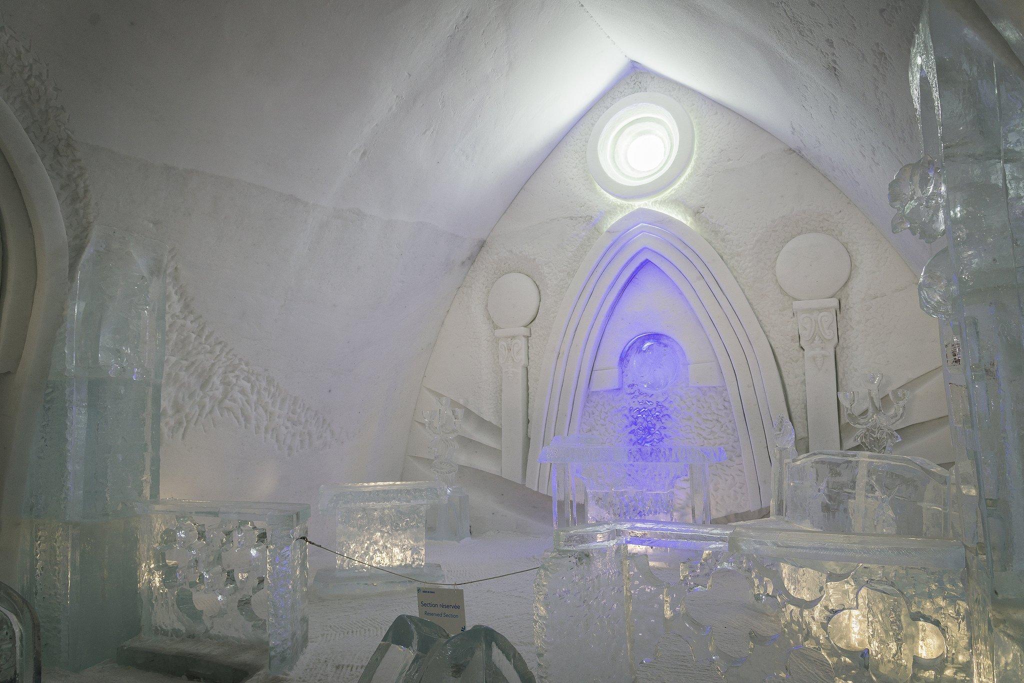 Ледяной отель в Квебеке, Канада Для тех, кто любит мультфильм «Холодное сердце», нет лучше места для