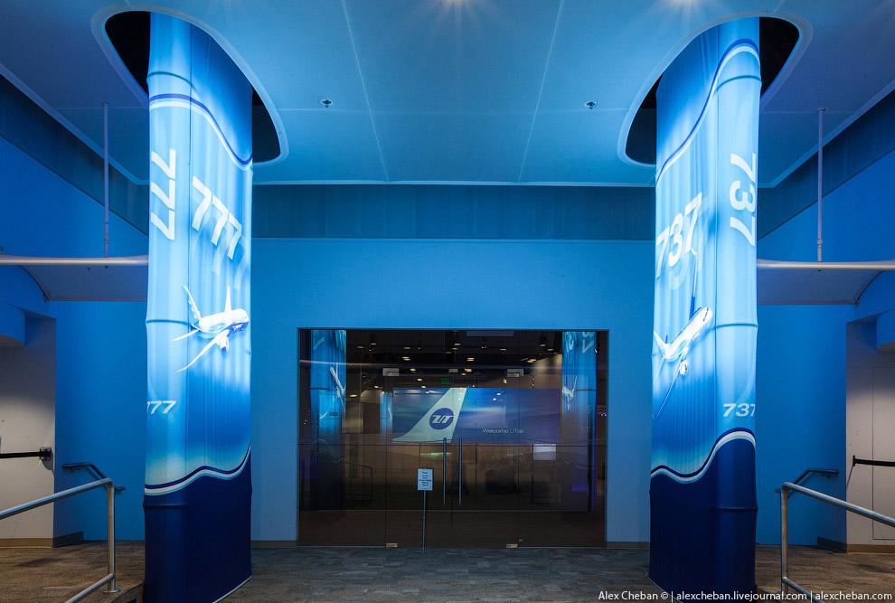 Sky Interior — это отсутствие острых углов в дизайне внутренних панелей салона, светодиодные ла