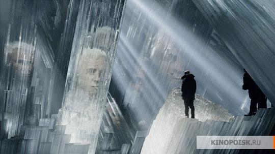 А Марлон Брандо (вернее, его компьютерная реконструкция) через два года после гибели предстал в «Воз