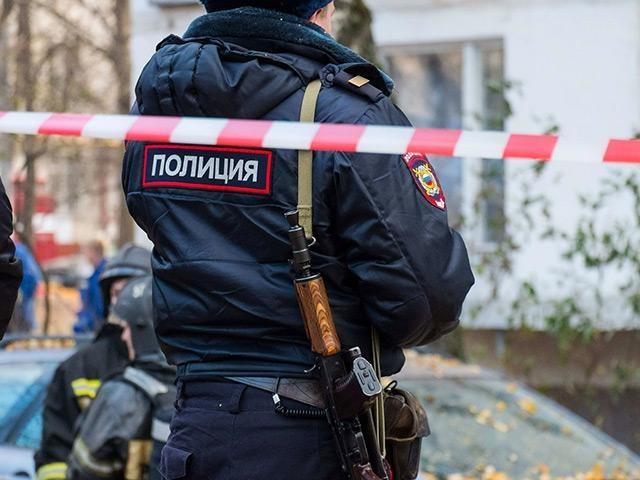 Двое полицейских ранены при задержании подозреваемого вубийстве в столицеРФ