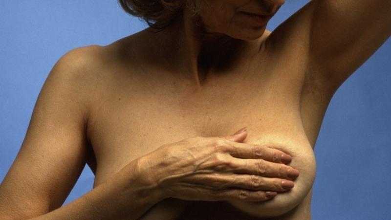 Полбокала вина вдень приводят краку груди— Ученые