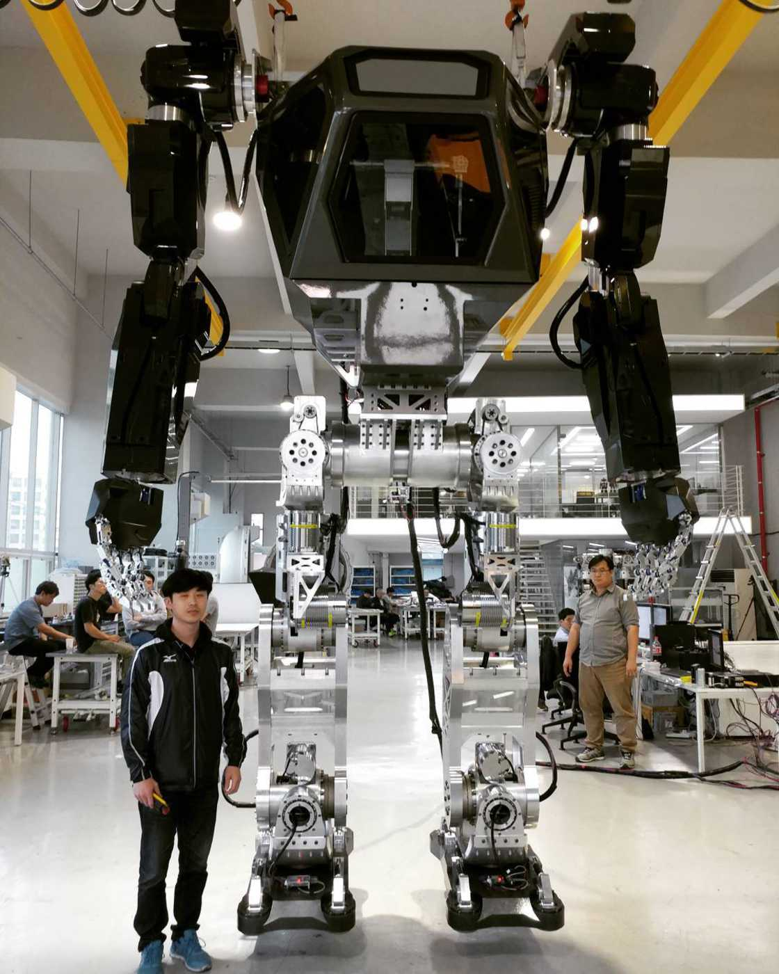 METHOD-1 - The Korean manned robot that is straight out of Avatar