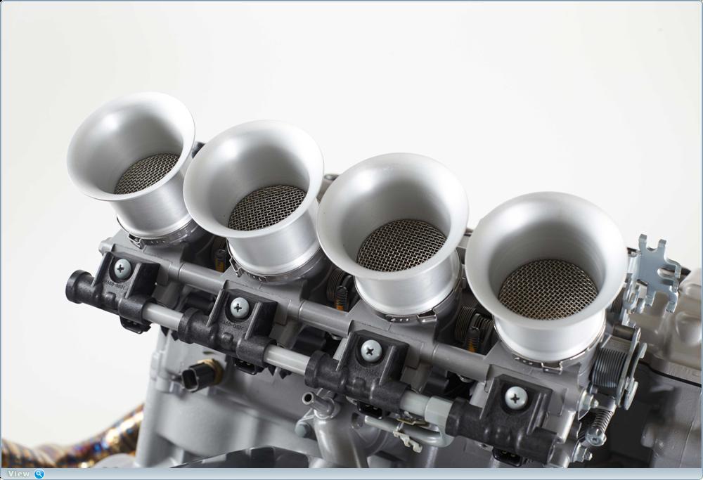 Уэйн Рэнсом - скульптура двигателя Suzuki Hayabusa