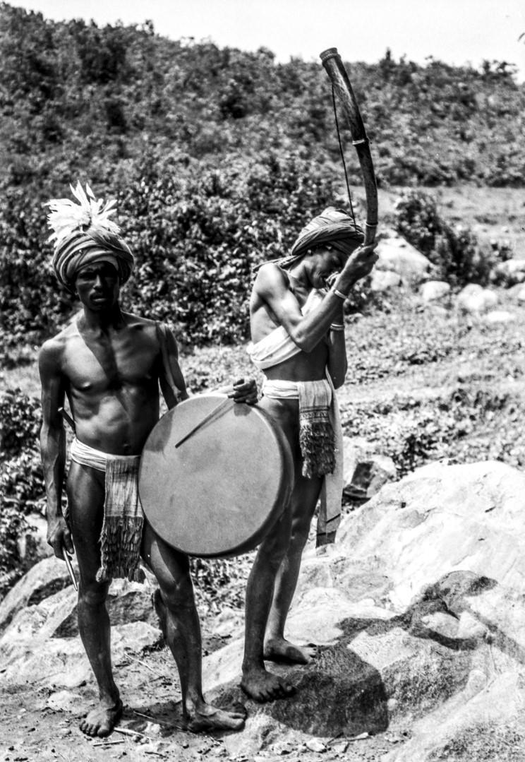670. Орисса. Музыканты с барабаном и трубой