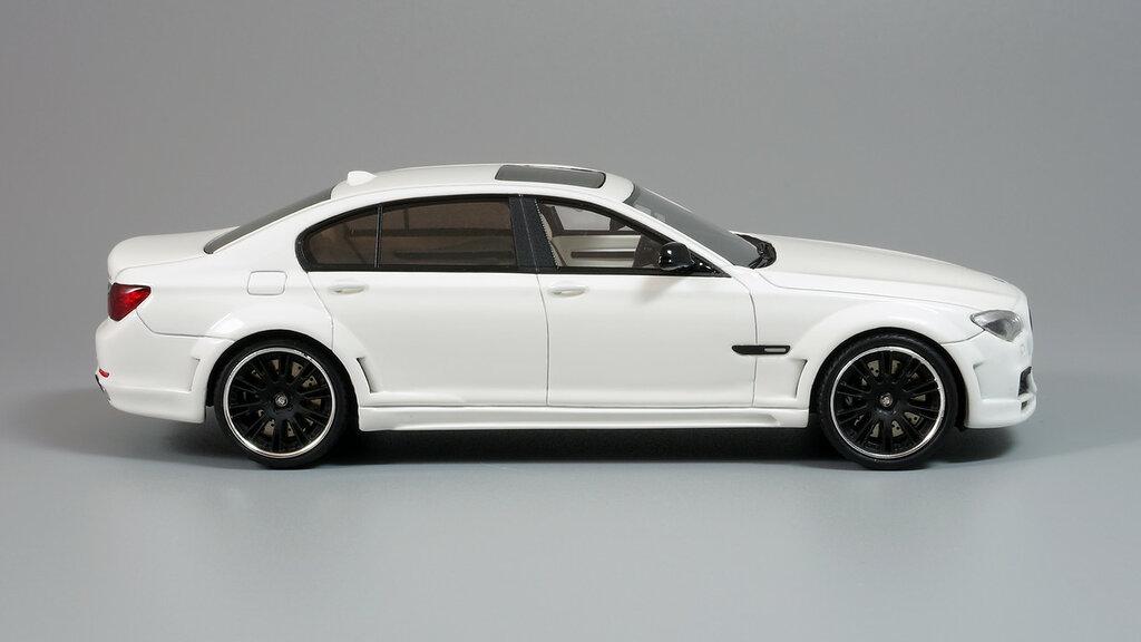 BMW_CLR_750_08.jpg