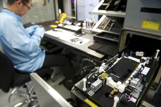 9. Некоторые компоненты заказываются у других производителей. Установка ОС осуществляется в два этап
