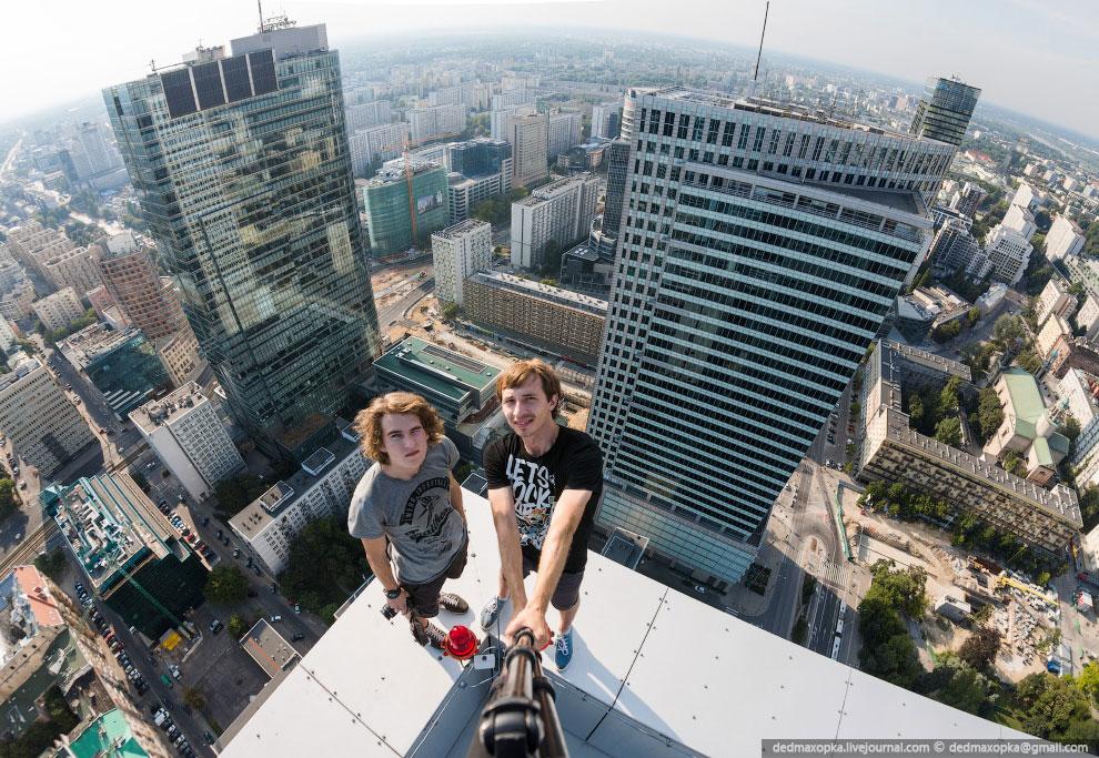 Не могу сказать за всю Польшу, но Варшава очень похожа на Россию. Здесь даже есть своя сталинск