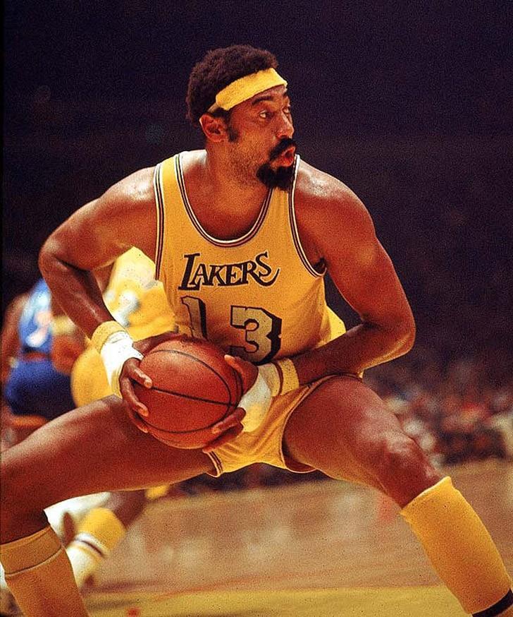 2. Уилт Чемберлен. Суперзвезда НБА заявляет, что у него было 20000 женщин В своей книге 1991 г
