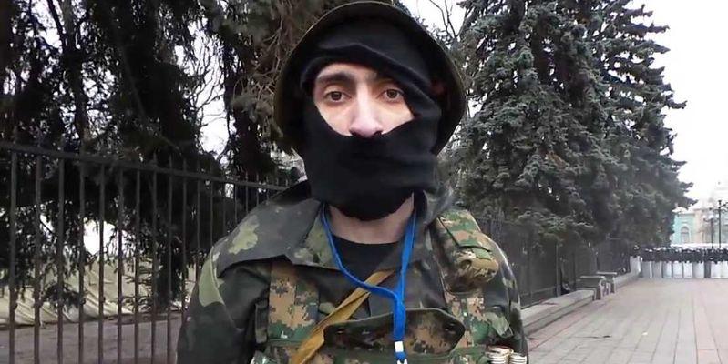 Суд принял решение начать слушание дела антимайдановца «Топаза» заново ипродлил его арест