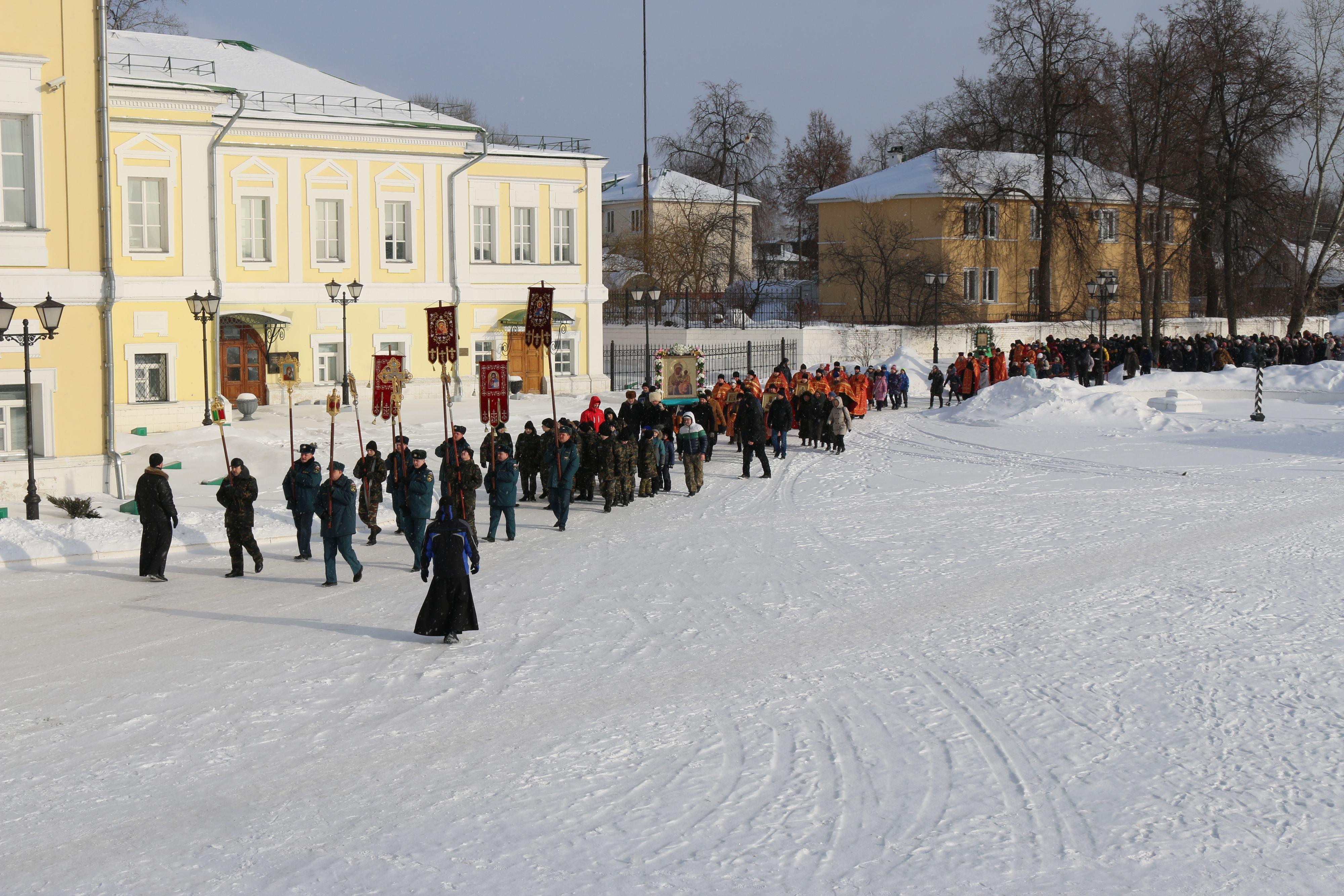 Крестный ход в день памяти новомучеников и исповедников Церкви Русской прошел в Выксе-06
