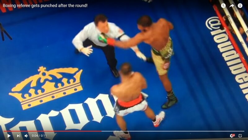 Boxing referee gets punched after the round!Баду Джек случайно ударил судью в конце раунда