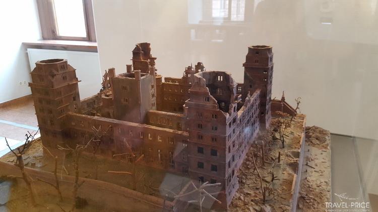 замок Йоханесбург после войны