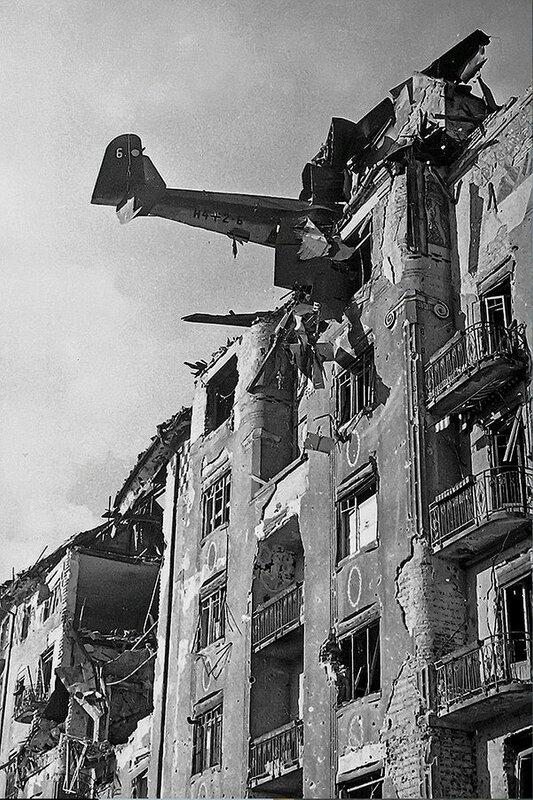 Фотография Е. Халдея(1917 - 1997)Фотохудожник Победы (23).jpg
