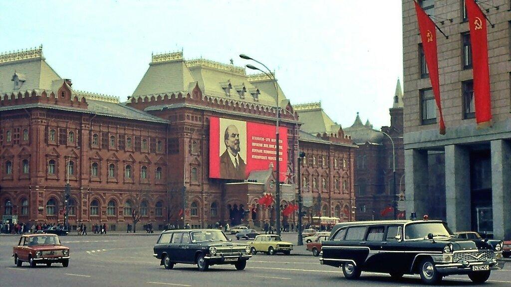 515070 Московский Первомай 1982 Александр Карельский.jpg