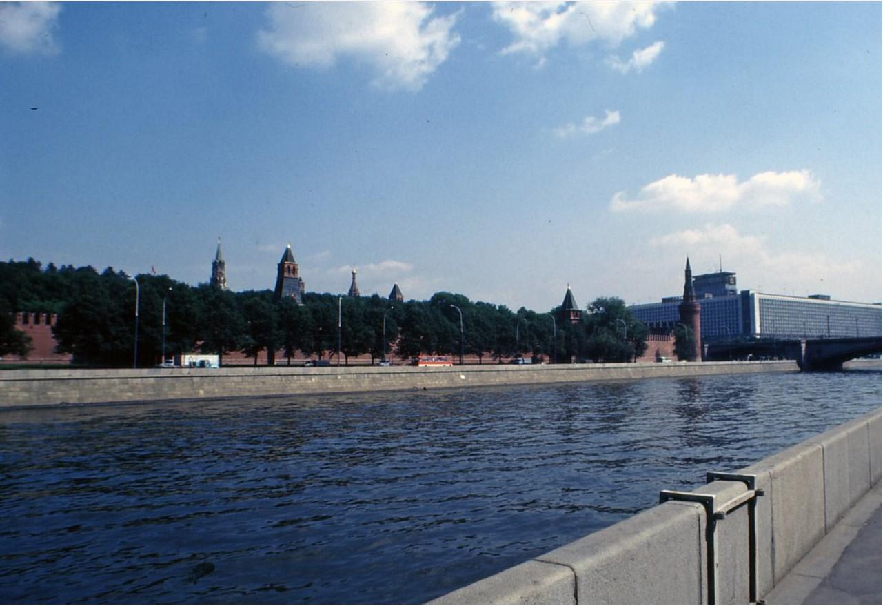 Кремль и гостиница Россия