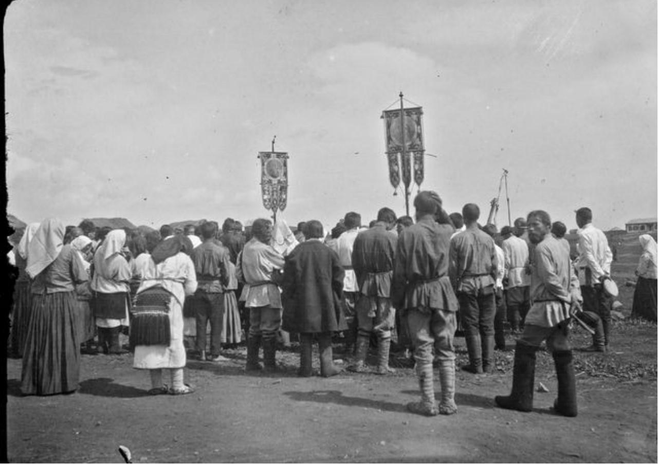 Молебен перед отъездом солдат в армию