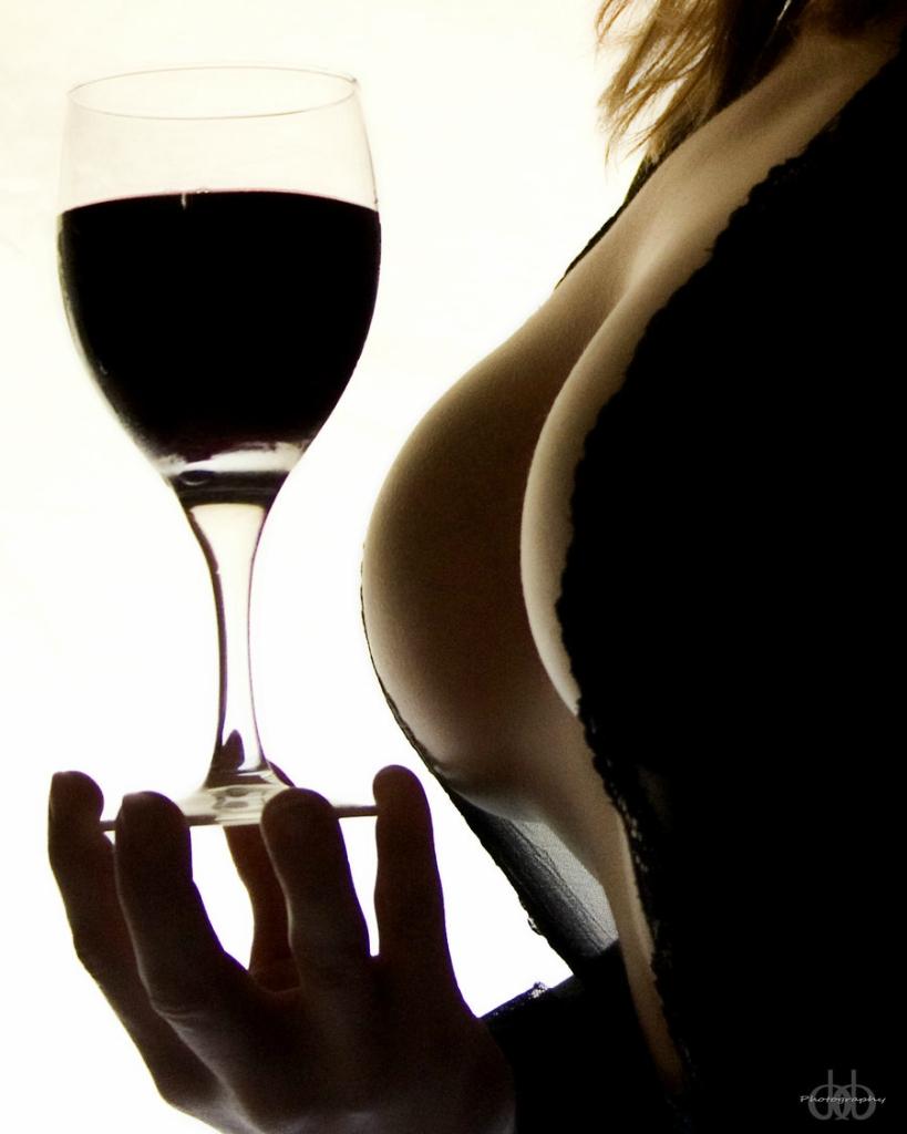 Прикольные картинки женщина пьет вино, днем рождения