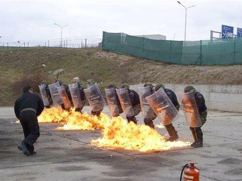 Молдавские миротворцы в Косово — оружие в руках Плахотнюка?