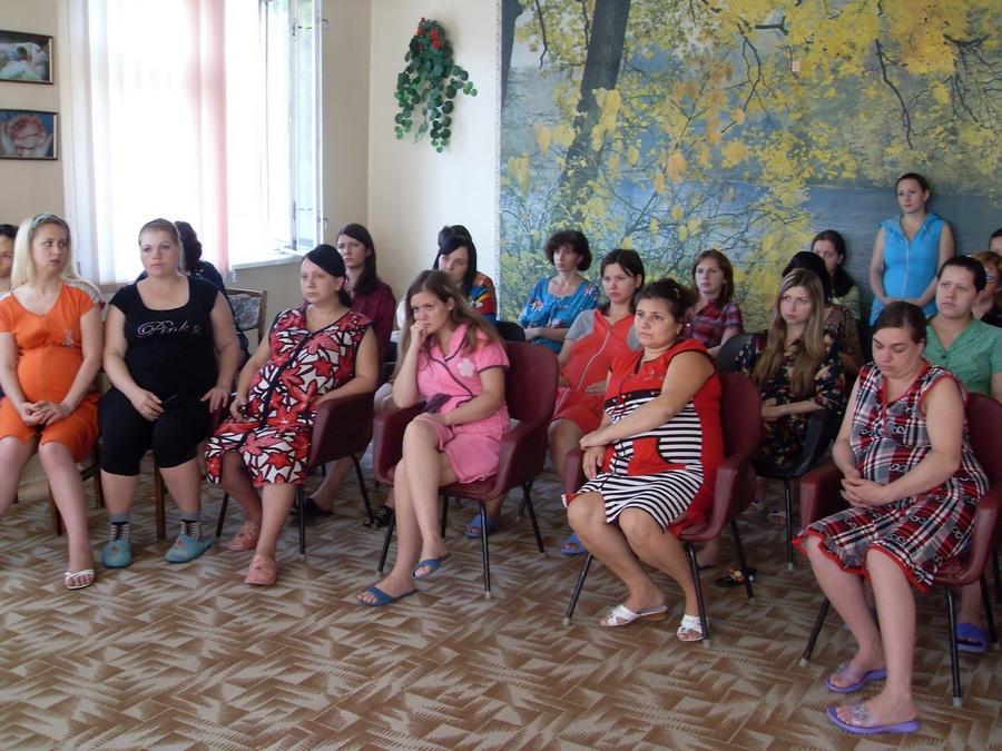 """Православный праздник """"День семьи"""" в роддоме г. Алчевска"""