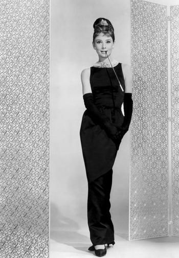 Audrey_Hepburn_dress_07.jpg